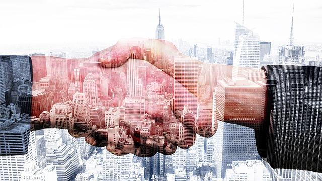 shake-hands-2336717_640